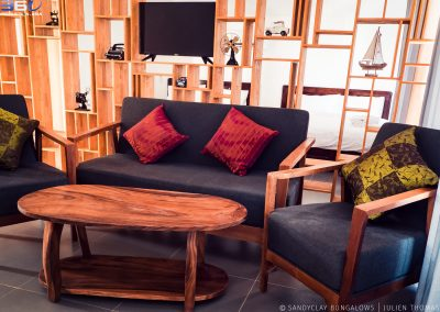 sofa-chairs-table-wood-sandyclay