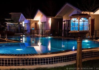 swimming-pool-light-night-sandyclay