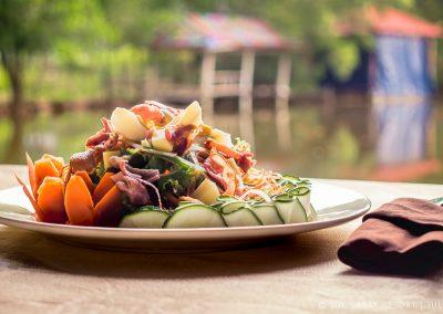 restaurant-salad-river-otres