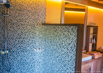 bathroom-tiles-shower-veranda-kep