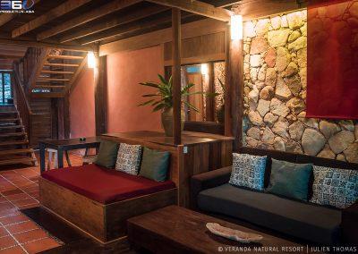 chill-sofa-stone-veranda-kep