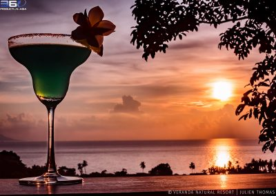 cocktail-sunset-ocean-pacific-veranda