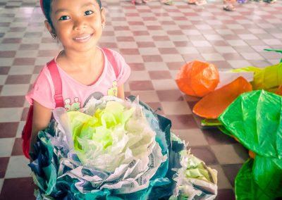 flower-school-recycle-plastic-upcycle-creation