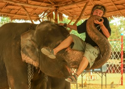 julien-elephant-carried-hut-kiss