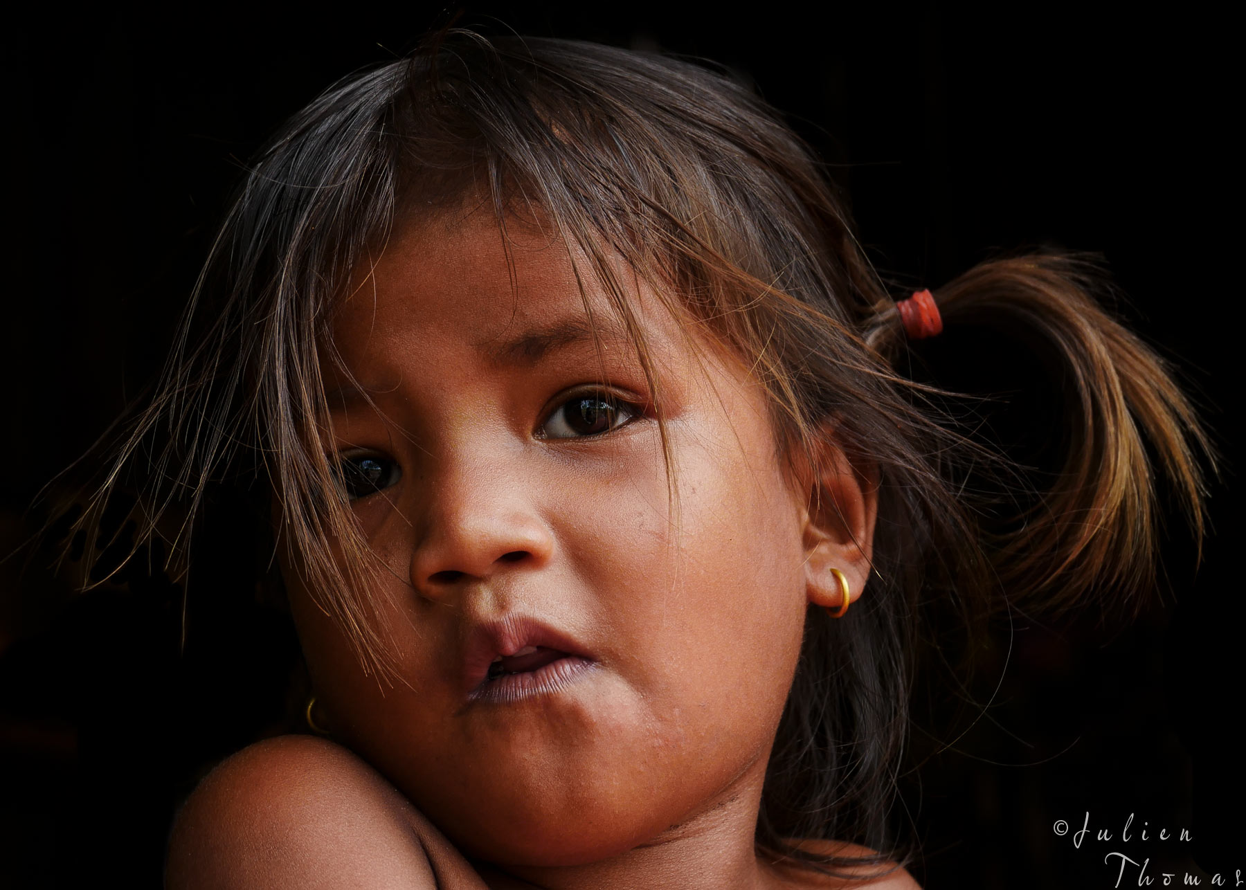 Cambodian child from the countryside of Kratie Province - photography by Julien Thomas.