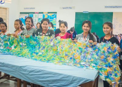 schoolchildren-plastic-waste-upcycle-recycle
