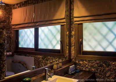 bathroom-stones-ambiance-veranda-kep