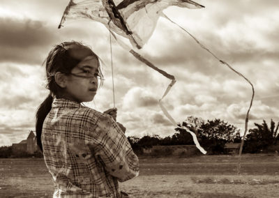 child-underprivileged-kite-plastic-recycle