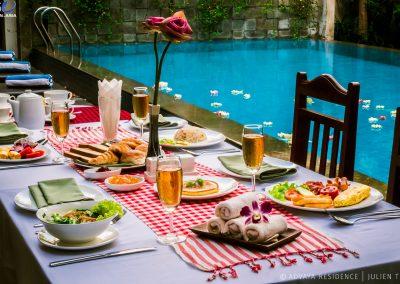 breakfast-western-cambodian-pool-advaya