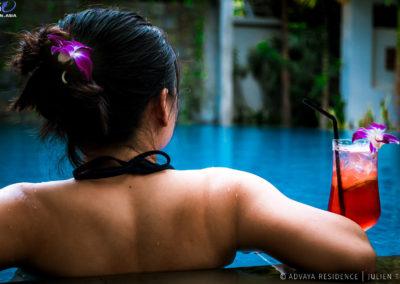 cocktail-pool-residence-siem-reap-advaya