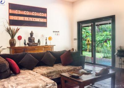 villa-living-room-accommodation-cambodia