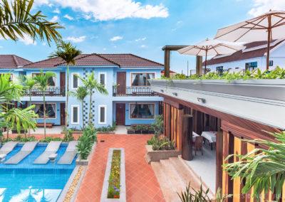 cheata-hotel-restaurant-swimming-pool