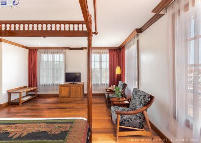 hotel-royal-crown-room-luxury