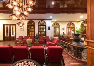 lobby-royal-crown-hotel